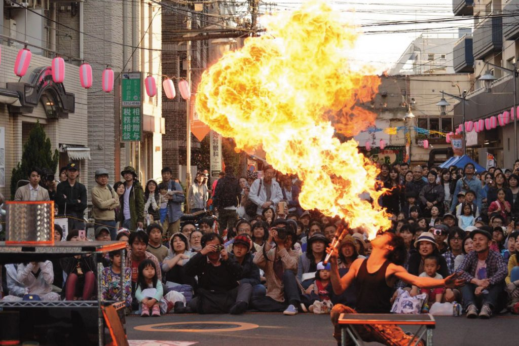 「高円寺びっくり大道芸2019」開催