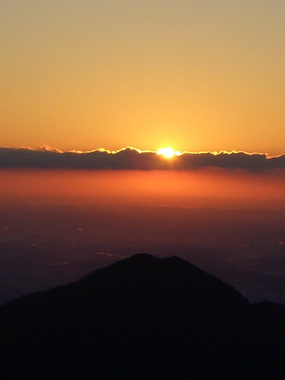 武蔵御岳神社 初日の出
