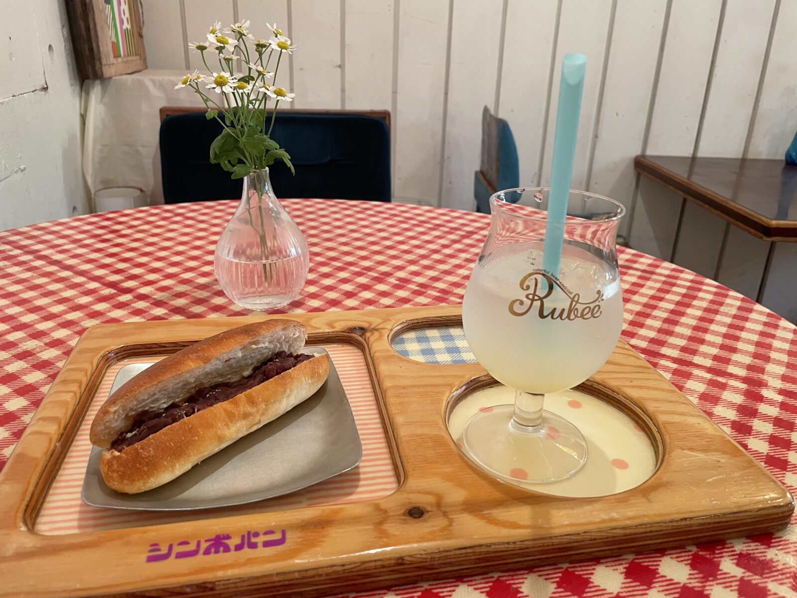 """【立川市】バインミーなど """"いつも""""に寄り添える、飽きのこないパン「シンボパン」"""