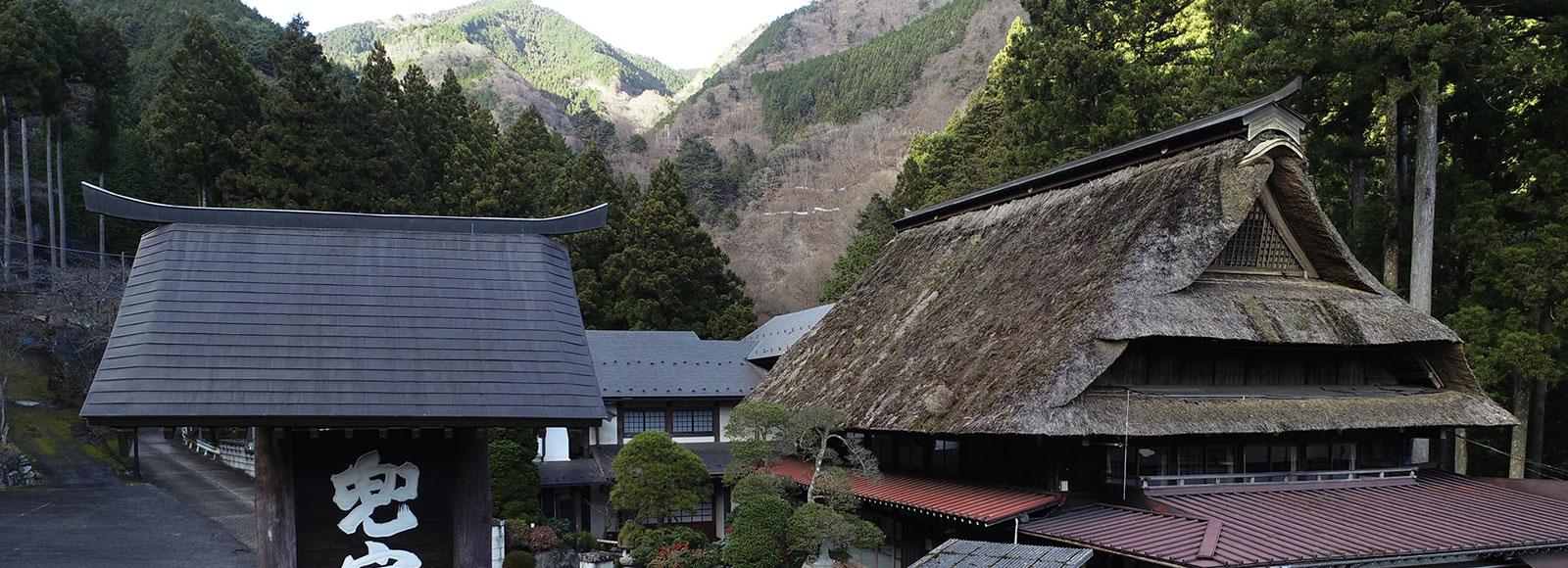 宿泊で楽しむ青梅、奥多摩、秋川渓谷の冬